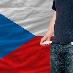 Češi se půjček nebojí. V březnu si půjčili přes 11 miliard korun